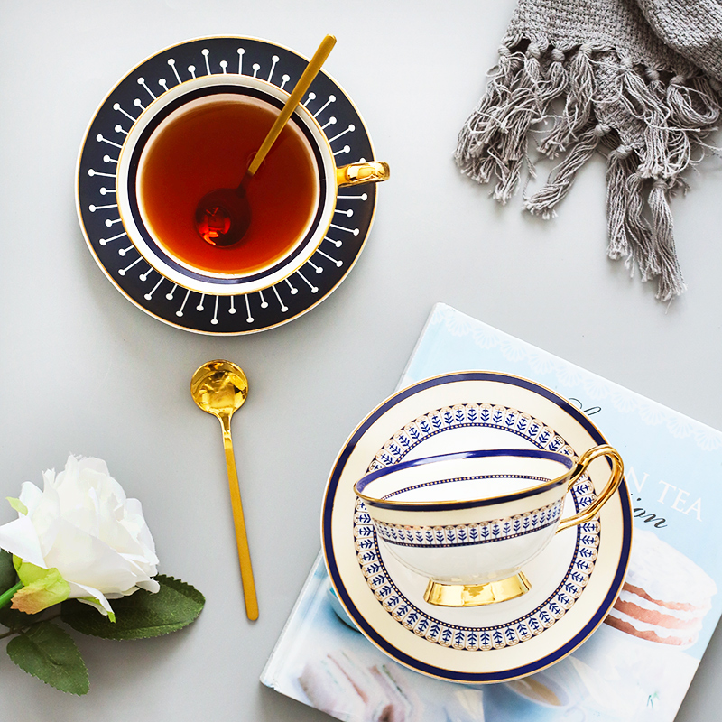 200ml Ceramic Tea <font><b>Cup</b></font> And Saucer Set Designer Bone China <font><b>Coffee</b></font> <font><b>Cup</b></font> <font><b>Porcelain</b></font> Afternoon Black Tea <font><b>Cup</b></font> Set Coffeeware Set image