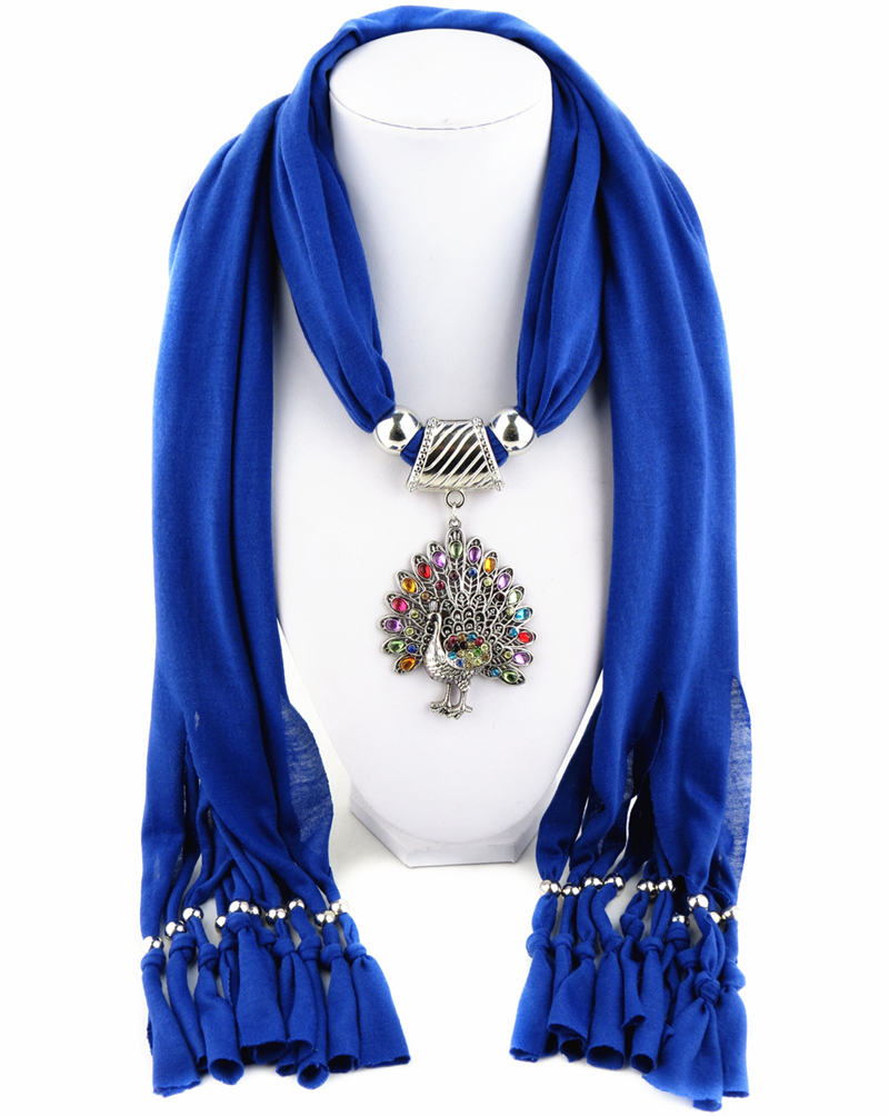 Hot Rhinestones Bohemia Wine Red Scraf Necklaces Peacock Pendants Shawl Tassel Hollow Out For Women Mujer Femme Autumn