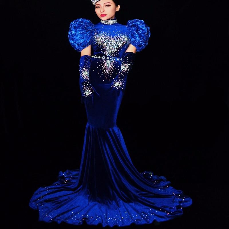 Femmes haut de gamme mode bleu velours brillant strass longue robe de soirée scène Sexy robe étoiles chanteur hôte modèles Catwalk Costume