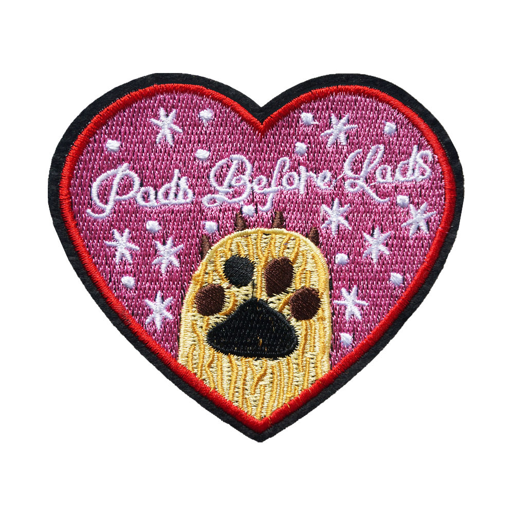 bag Iron//Sew on Embroidered Patches Heart badge collection t-shirt jeans