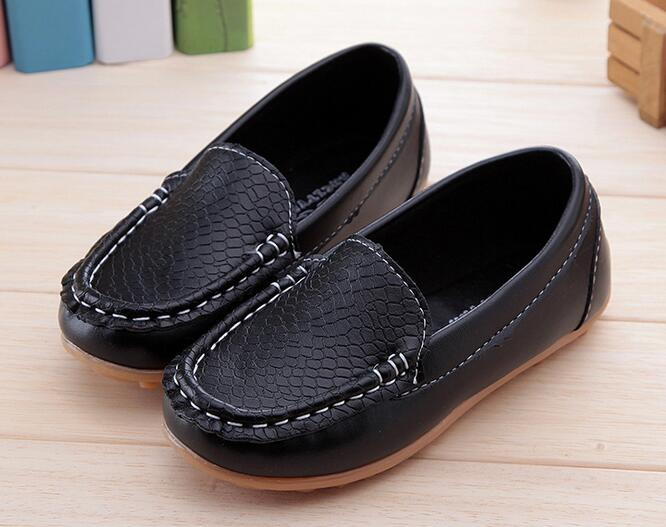 2016 New Boys Girls Leather Shoes Baby Moccasins kids Shoes Loafers Sneakers Fashion Child Shoes For soft bottom Big Little Kid/
