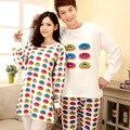 O envio gratuito de outono & inverno colorido longo-sleeved casual homens e mulheres casal bonito dos desenhos animados de Malha de algodão pijama combinando