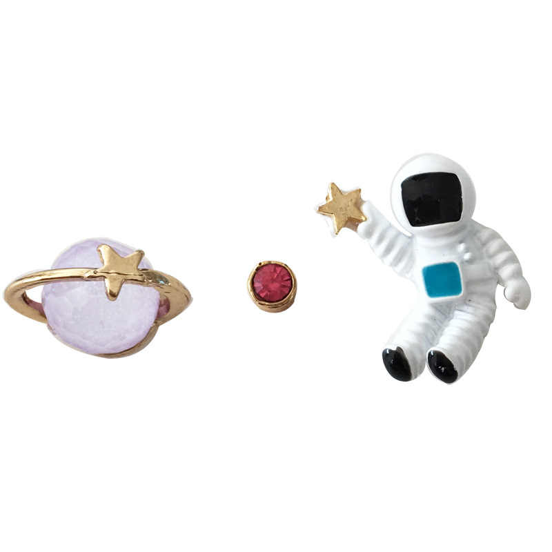 free shipping 10 pair / lot fashion jewelry accessories new design metal star astronauts spaceman earrings