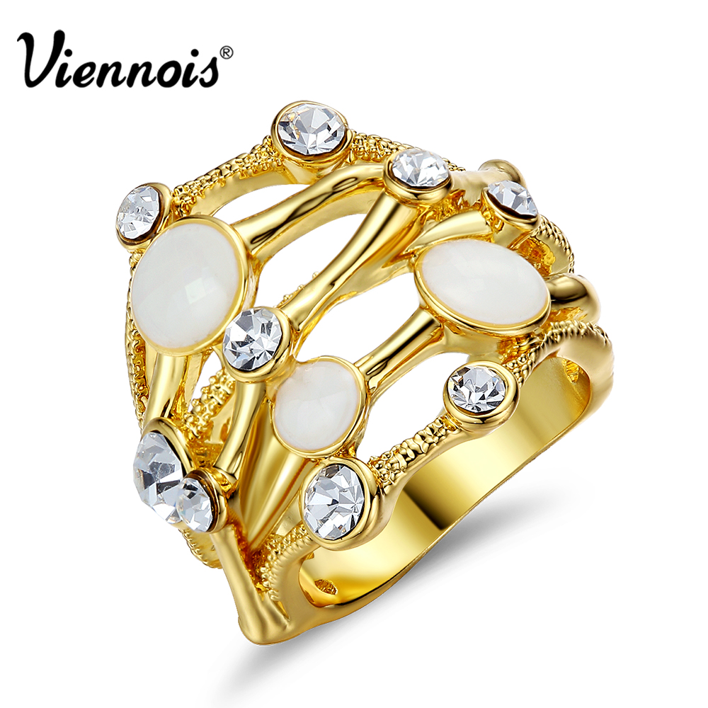 Viennois New Wide Finger Rings for Woman White Shell Pieces Rhinestone Stack Size Rings Hollow Female Party Rings Brand Jewelry