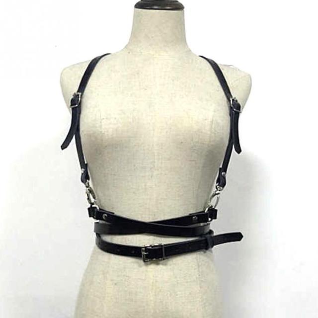 126de03e1758 Nouveau Mode Femmes Faux Cuir Corps Bondage Harnais Taille Ceinture  Bretelles Bretelles Ceinture avec Bonne Qualité