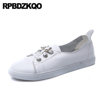 Lace Up Latest White Rhinestone Rubber Sole Sneakers Diamond Round Toe Flats Trainers Designer Shoes Women Luxury 2018 Crystal