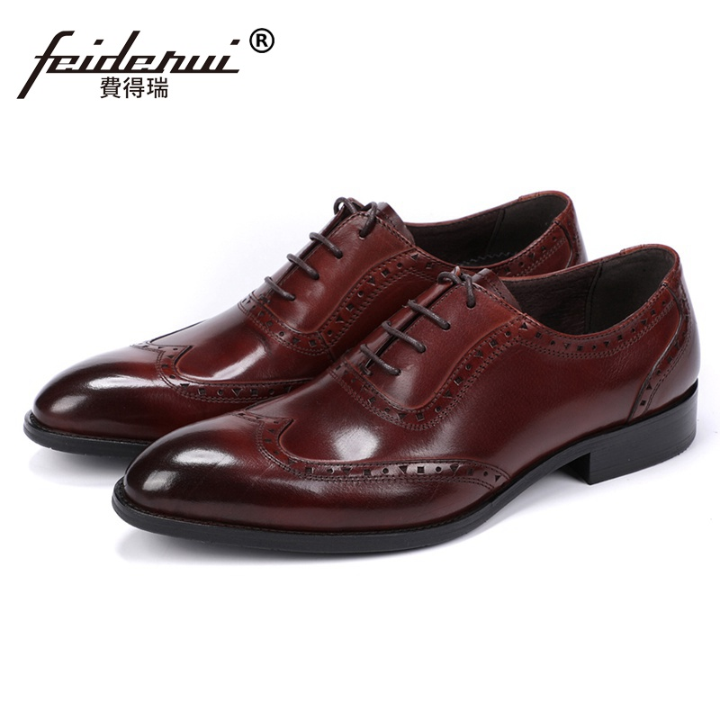 British Man Formal Dress Carved Shoes Genuine Leather Handmade Wedding Party Oxfords Round Toe Wingtip Men's Footwear JS125 майка классическая printio знаки зодиака дева