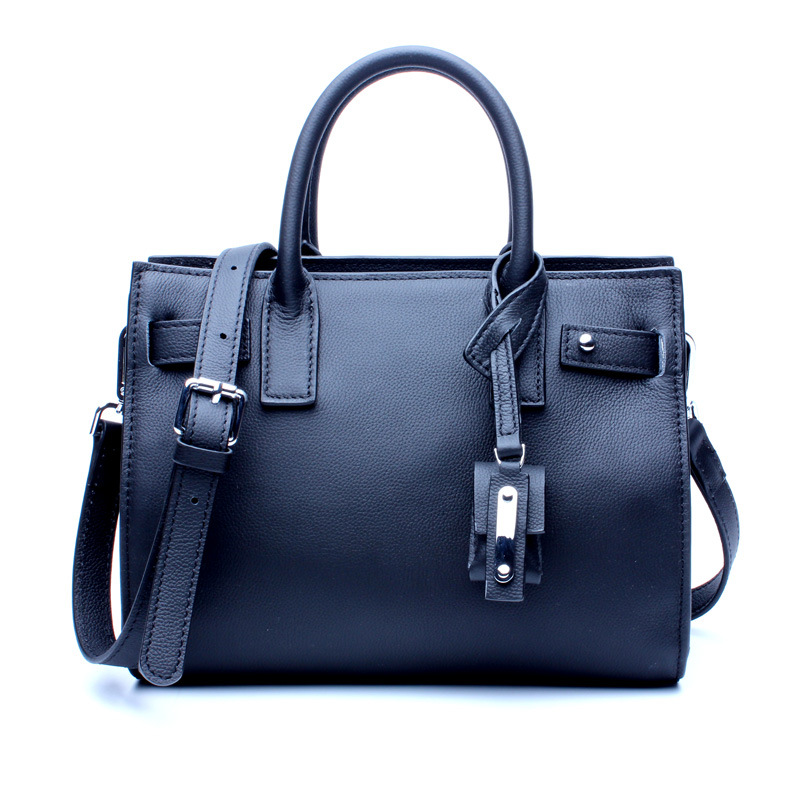 купить Ms. Chao Korean version of the fashion hit leather cross shoulder bag vertical square head layer leather zipper handbag по цене 6197.29 рублей
