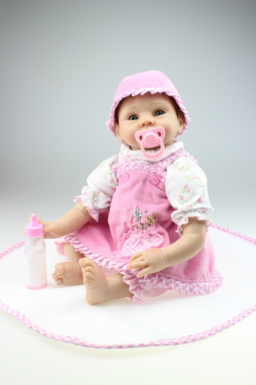 Free shipping NEW hot sale lifelike reborn baby doll wholesale baby dolls fashion doll real soft gentle touch все цены