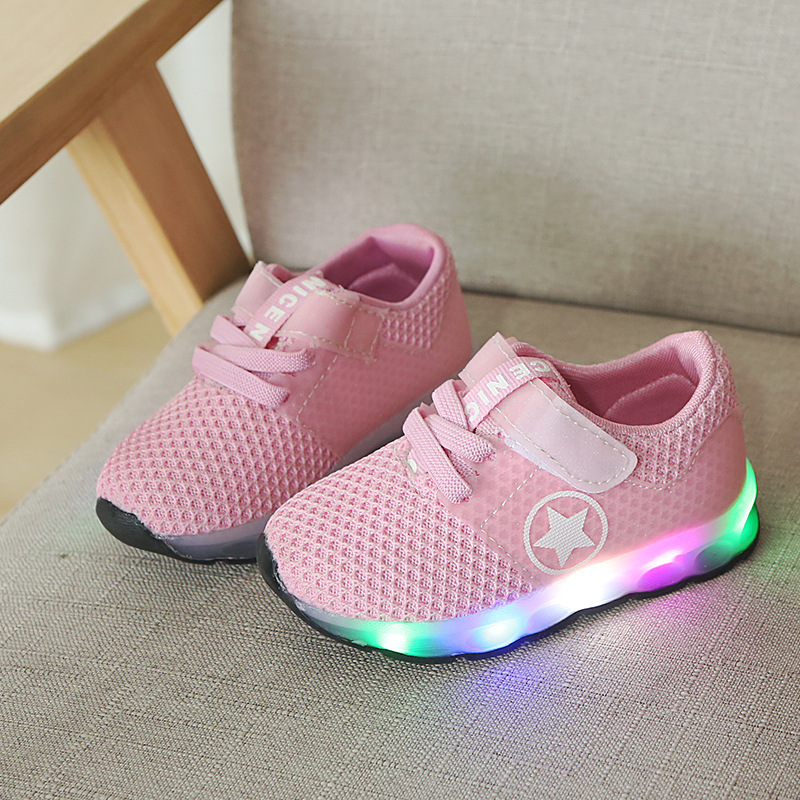 8f2ac804913d 2018 New brand European casual LED shoes kids high quality fashion cool  shinning baby girls boys