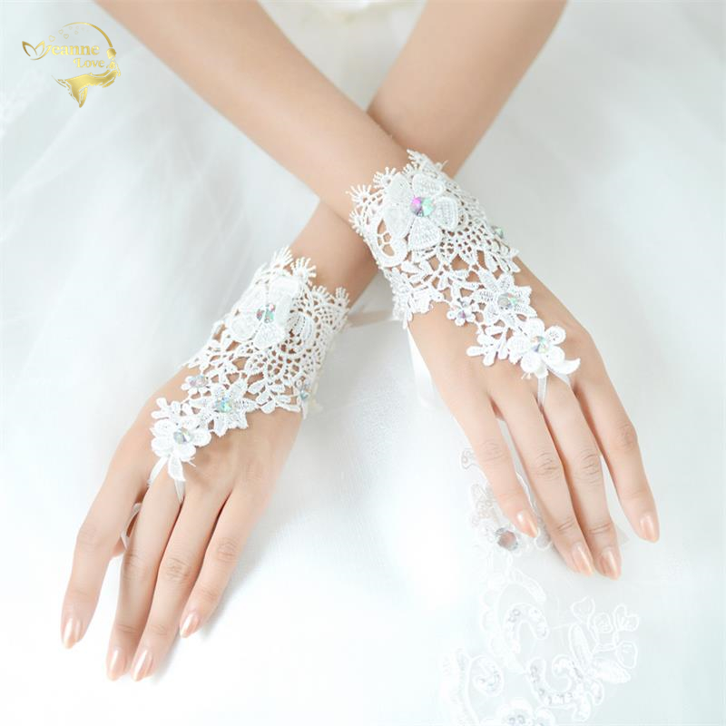 Wedding Accessories Pearls Beaded White Bridal Lace Wrist Gloves Fingerless Rings Back Lace Up Wedding Gloves Robe Mariage Femme Blanche G36