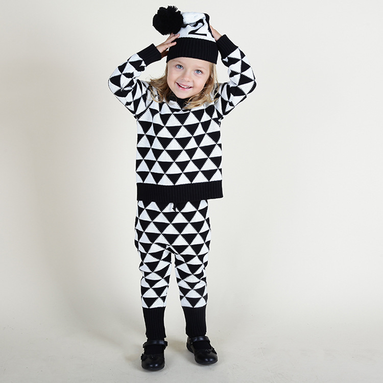 INS qiu dong baby boys and girls children children's wear cotton wool knitting sweater pants suit han edition spot qiu dong the day han2 ban3 girl gradient fashionable joker knitting wool hat