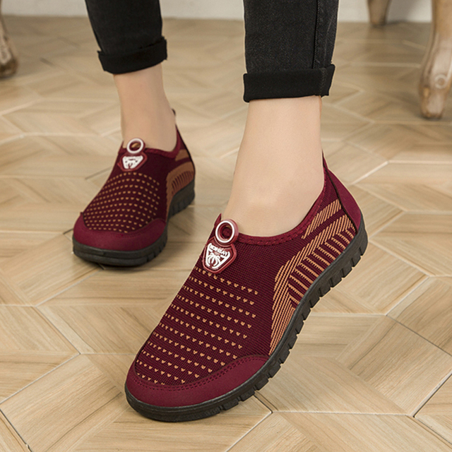 Women Sneakers Summer Breathable Mesh Shoes Women Flats Casual Mother Shoes Comfortable Loafers Female Walk Shoes 2019 New Tenis
