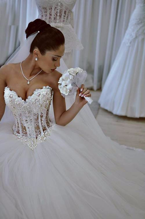 Ball Gown Wedding Dresses Dubai Sweetheart See Through Bodice With