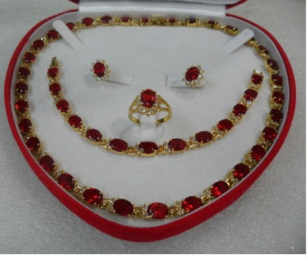 Vente chaude nouveau cadeau vrai rouge rempli Boucle D'oreille Bracelet Collier Anneau ensemble