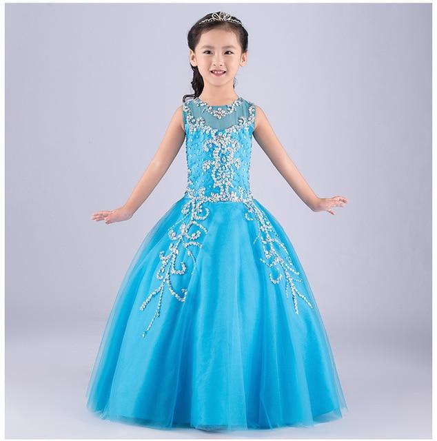 Vestido azul cielo nina