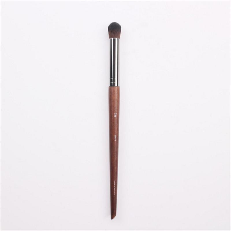 Professional Wood Handle No.236 Big Round Eyeshadow Nose Shadow Highlighter Blending Make up Brush кисть tony moly professional blending shadow brush 1 шт