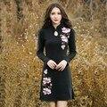 Retro negro bordado diseño otoño invierno de algodón que hacen punto mini dress women casual manga larga delgada apretada vestidos