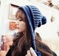 2015 nuevo Estilo Moderno Caliente de la Gorrita Tejida sombrero hecho punto Con Orejeras cap Caliente Accesorios de la Ropa de invierno y otoño Femenino toboganes skullies