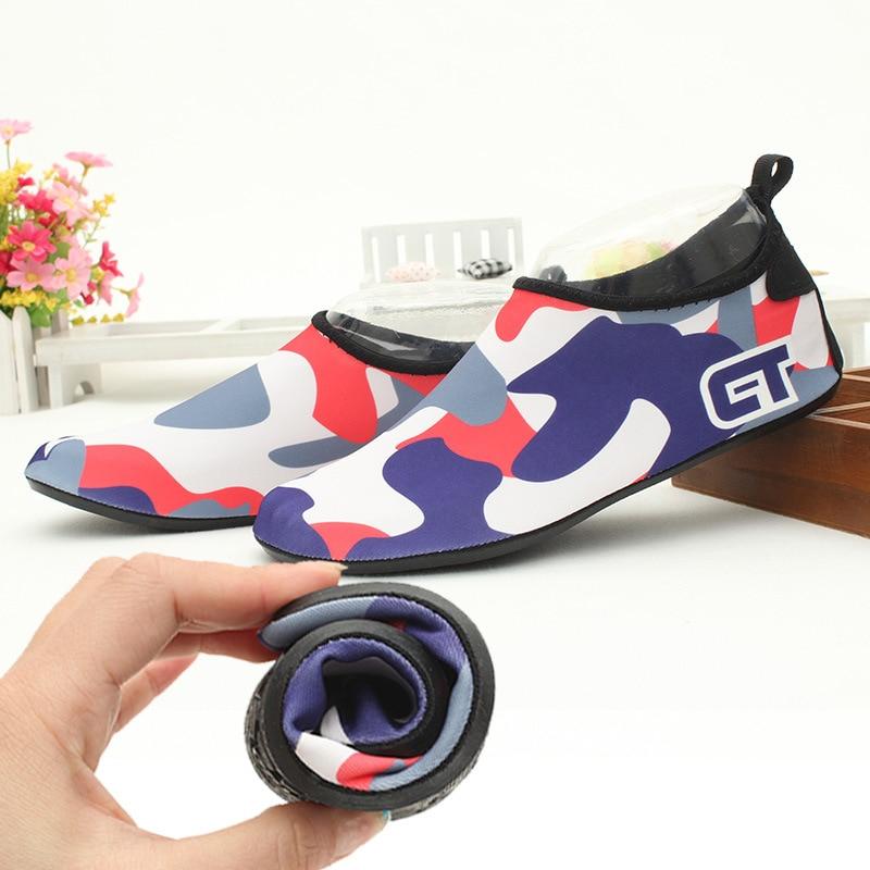 Hombres del verano forman parejas zapatos casuales libremente descalzo zapatos u