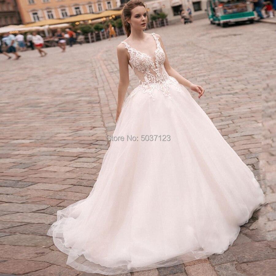 Ball Gown Wedding Dresses V Neck Open Back Sleeveless Lace Appliques Tulle Bridal Wedding Gowns Vestidos De Novia