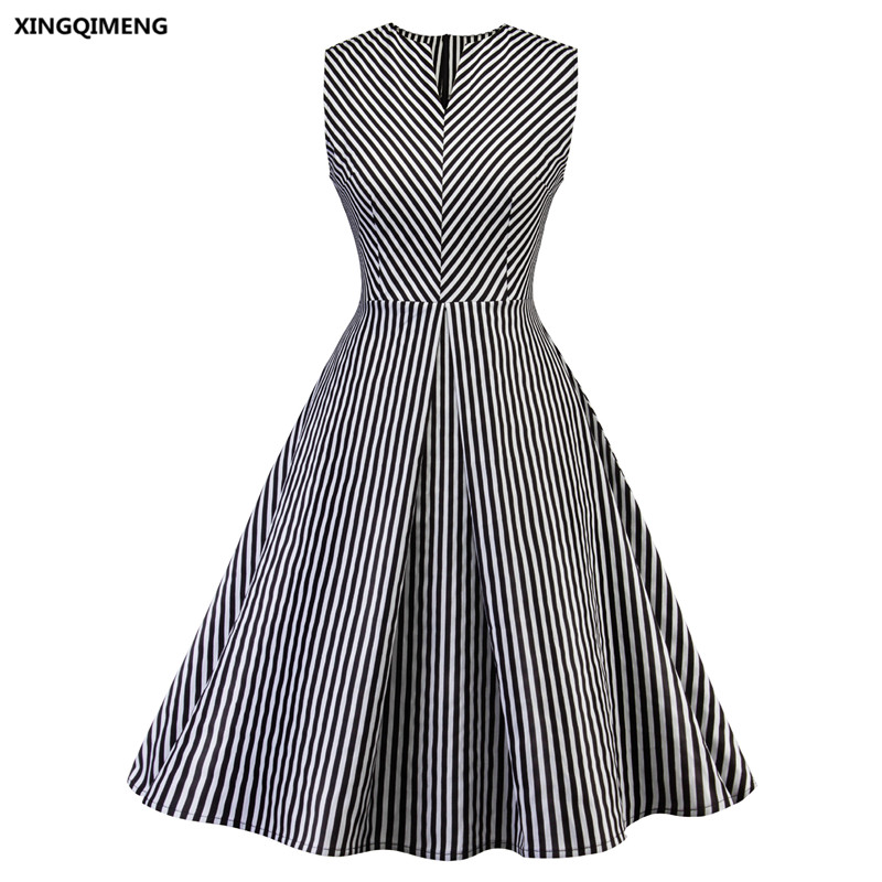 In Stock Sexy Black And White Stripes Cocktail Dresses Elegant Short