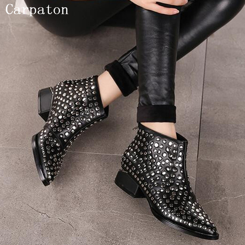 2017 Studded Low Heel Ankle Boots Women Back Zipper Rivets Decoration European Design Shoes Pointed Toe Fashion Female Boots