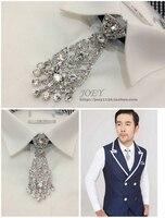 Novo Frete Grátis moda masculina dos homens de Todos Os Jogo de metal cheia broca prata borla gravata do noivo arco jantar anual de Poirot cocar