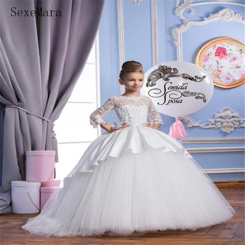 Newest 2019 Spring Flower Girls' Dresses For Wedding Sheer Lace Appliqued Sweep Train Gowns With Bow First Communion Gowns