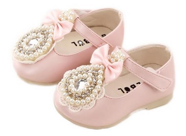 2016 Baby Girl Zapatos de Marca Zapatos Chaussure Enfant Invierno Botas de PU Zapatos de Bebé de Cuero Zapatos Arco de La Manera 90220