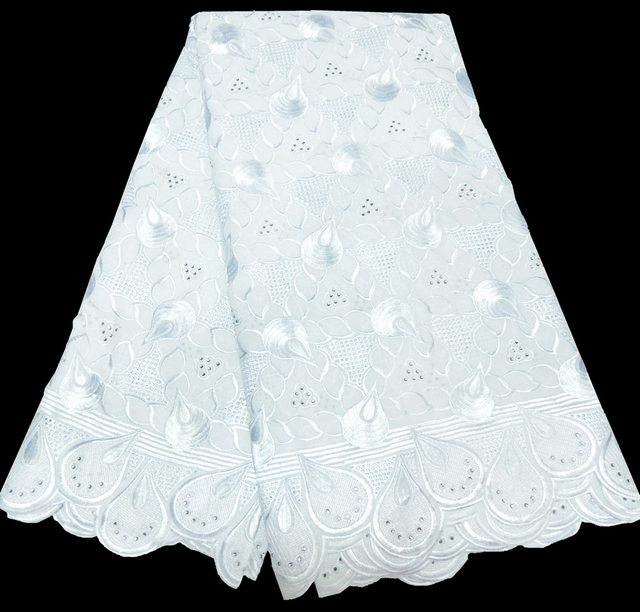 Fashion African swiss voile lace high quality new arrivals 2018 african white lace fabric with stones for wedding dress