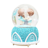 Creative Lantern Rotating Snowflake Rose House Couple Glass Crystal Ball Music Box Ornaments Water Polo Music Box Birthday Gifts