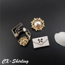 CX-Shirling 3PCS/Set Handbag Pearl 5 Letter Brooch Pin Antique Pearl Brooch Lapel Pin For Coat Outwear