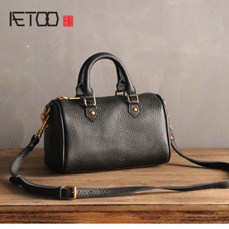 31ff8c9acfb1 AETOO Autumn winter new retro leather Boston bag women first layer cowhide large  capacity cute shoulder