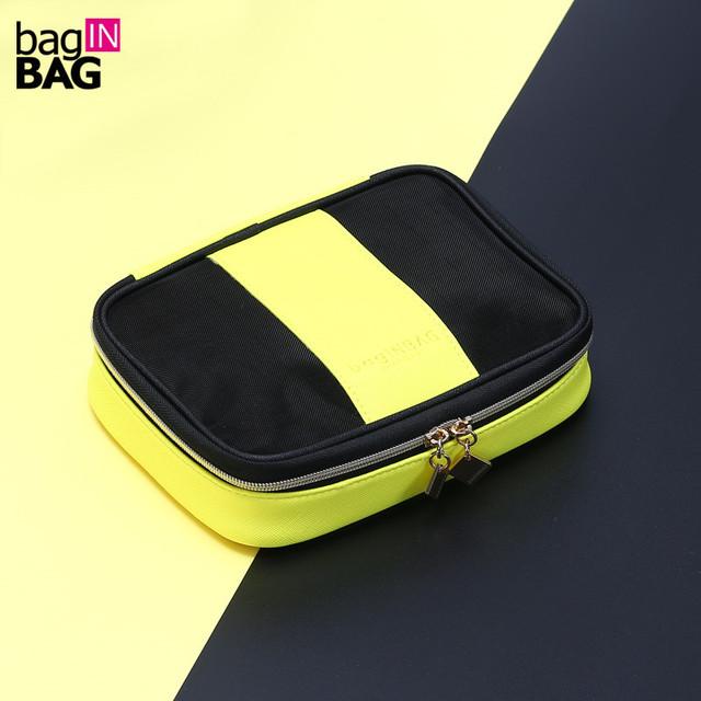 Marca Negro Y Amarillo Con Paneles Compone el Bolso Cosmético Calidad del Acoplamiento de LA PU Mujeres Bolsa de Maquillaje Bolsa de Almacenamiento Organizador necessaire