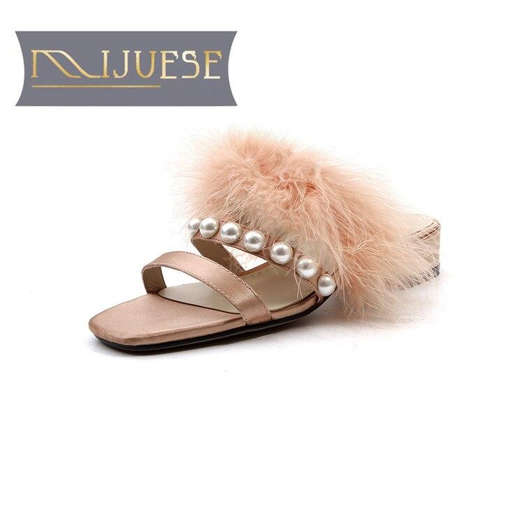 MLJUESE 2018 women slippers summer silk fur slip on peep toe pearls pink color pumps slides sandals women mules цены онлайн