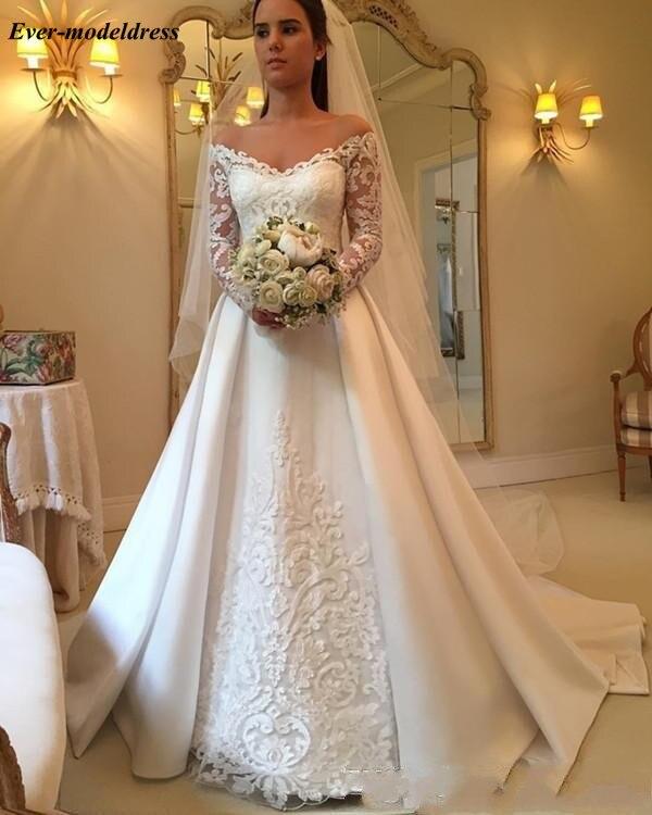 2018-newest-v-neck-long-sleeve-wedding-dresses-button-up-back-chapel-train-lace-bridal-wedding-gowns-bride-dresses-vestido-de-novia1_conew1