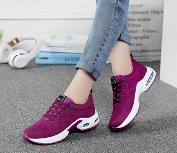 Akexiya Mujeres Zapatillas de deporte negras Moda de verano Malla de aire transpirable con cordones Zapatos casuales Damas Calzado plano y cómodo Zapatos para caminar 1