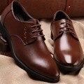 Nuevo 2016 Hombres de Cuero genuino Zapatos Casuales Zapatos de cordones de Cuero Negro Marrón zapatos de Cuero de los Holgazanes Oxford Plana