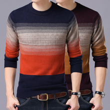 2017 winter new men Slim fit round neck sweater Fashion stripes stitching plus size men's warm shirt male sweater