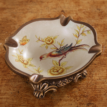 countryside garden decorated with ashtray, high-grade resin, ceramic ashtray, European style retro candy snack plate