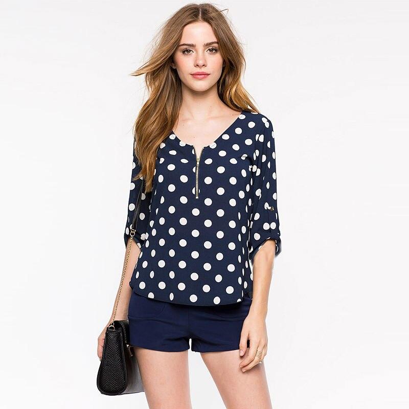 blouse blauw met witte stippen
