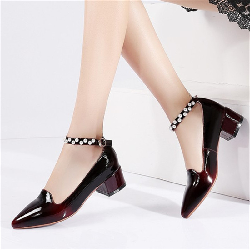 ФОТО Plus Size 34-45 New Shoes Woman Spring/Autumn Women Genuine Leather Pumps Fashion Comfortable Ladies String Bead Casual Shoes