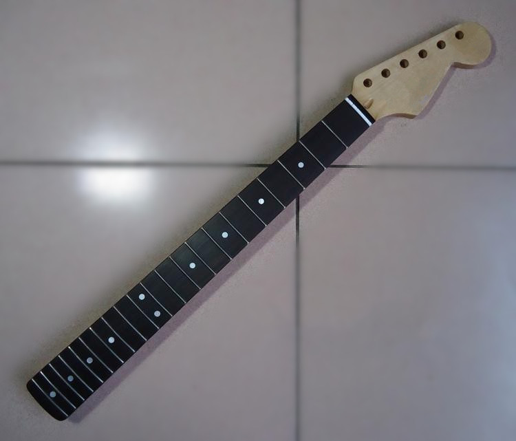 ФОТО Musical instruments  21 Fret inlay dots Electric Guitar Canadian maple Neck Wholesale Guitar Parts accessories