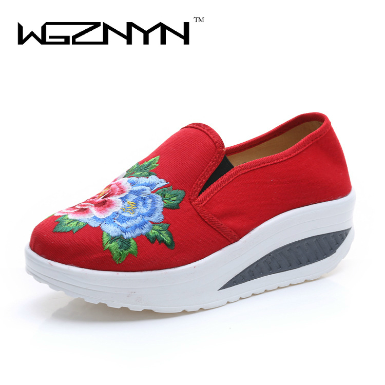 WGZNYN 2017 Embroidered Women Ethnic Shoes Falt Platform Shoes Retro Cloth Canvas Soft-soled Dance Single Shoes Plus Size Nx803 vintage embroidery women flats chinese floral canvas embroidered shoes national old beijing cloth single dance soft flats
