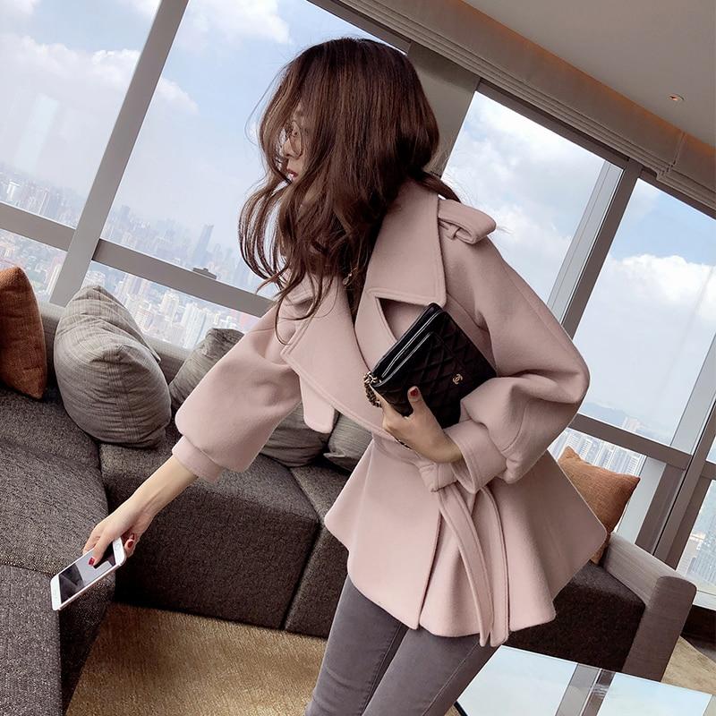 Mishow 2019 Winter woman Turn Down Collar Slim Elegant Jackets Lantern Sleeve female short Blends Coat