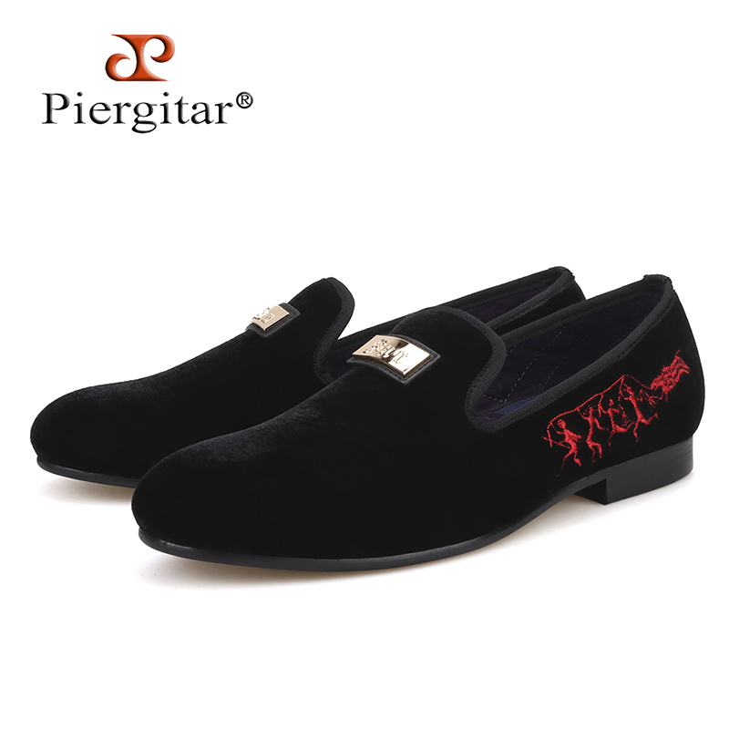 Piergitar 2018 New style Handmade gold metal Men Loafers with heel Embroidery gold bottom party and wedding men velvet shoes piergitar new style handmade men navy velvet shoes with gold metal on shoes toe fashion party wedding and banquet male loafers
