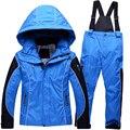 Invierno ruso Niños Que Arropan Los Niños Traje de Esquí Al Aire Libre A Prueba de Viento Impermeable de Esquí de Las Muchachas de la Chaqueta + Pantalones Del Babero para 6-12Y