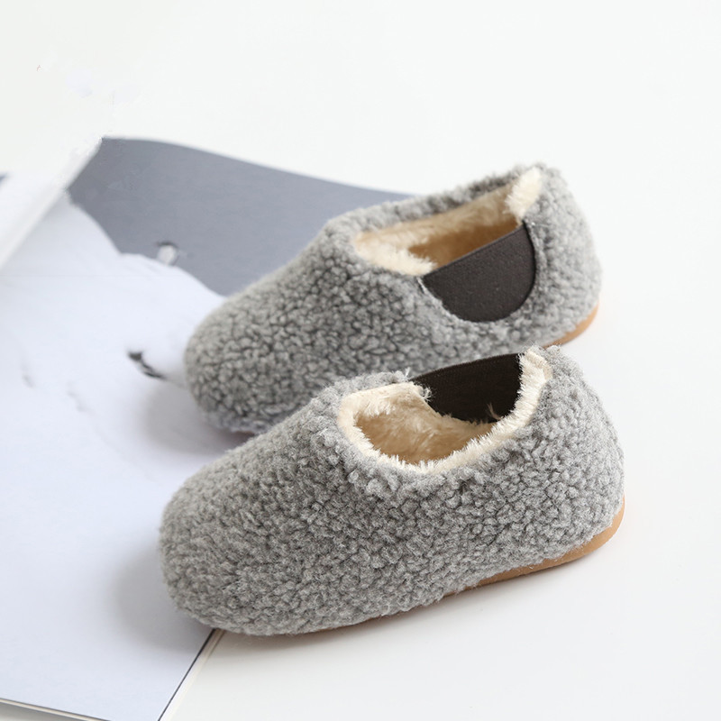 2017 Winter New Childrens Shoes Baby Lamb Cashmere Warm Casual Shoes Toddler Shoes Fashion Girls Boys Home Cotton Shoes KS384