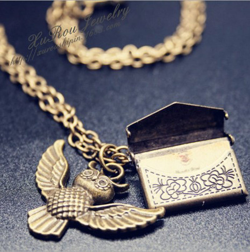 """""""HP FANS Hogwarts"""" priėmimo laiškas + vokas + Hedwig pelėda karoliai dovanos """"HOALLAWEEN"""" dovanų vakarėlis"""